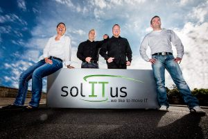 Outdoor_on_location_shooting_Business_Foto_solitus
